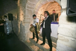 Performer Saxophoniste & Percussionniste Live