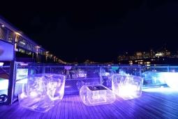Location mobilier gonflable transparent et lumineux