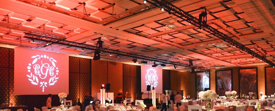 Photo d'un Habillage de salle, Décoration lumineuse et architecturale